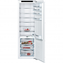 Bosch KIF81PFE0 Tall integrated larder fridge with 0° compartment and premium interior